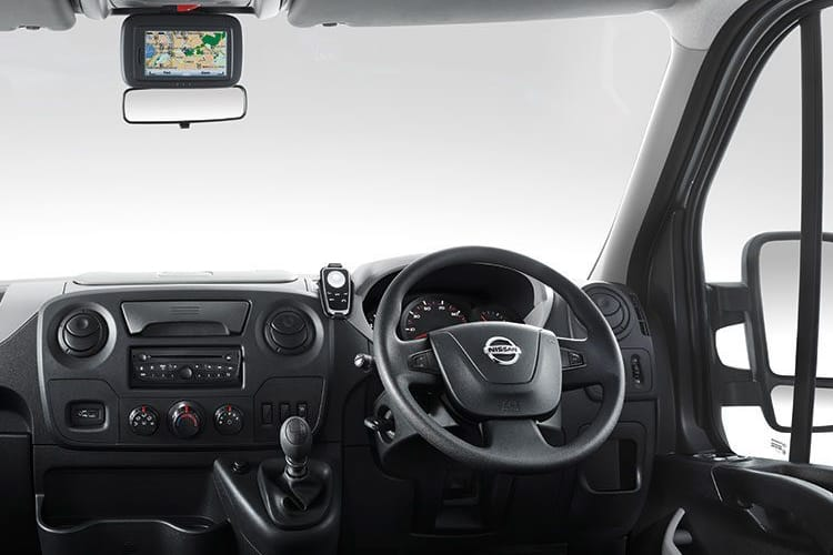 Nissan NV400 L3 35 FWD 2.3 dCi FWD 135PS Acenta Dropside Double Cab Manual inside view