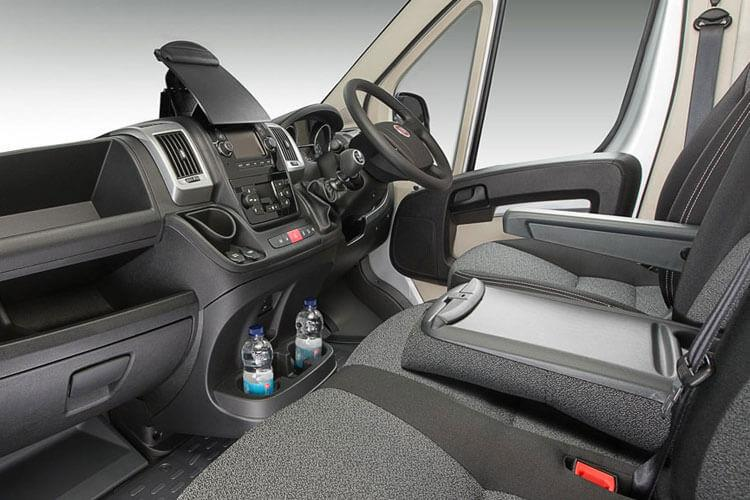 Fiat Ducato e-Ducato35MWB Passenger M1 E 79kWh 90KW FWD 122PS eTecnico Combi High Roof Auto [22kW Charger] inside view