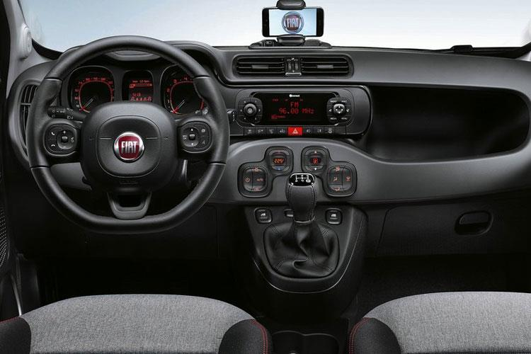 Fiat Panda Hatch 5Dr 0.9 TwinAir 85PS City Cross 5Dr Manual [Start Stop] inside view